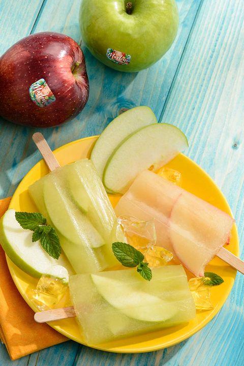 polos de zumo de manzana