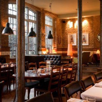 Restaurant, Building, Café, Room, Interior design, Coffeehouse, Brunch, Tavern, Bar, Cafeteria,