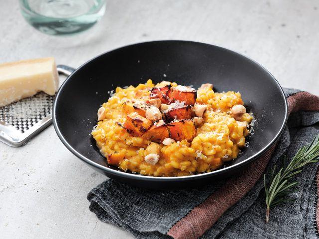 pompoenrisotto met gepofte knoflook uit easy dinners
