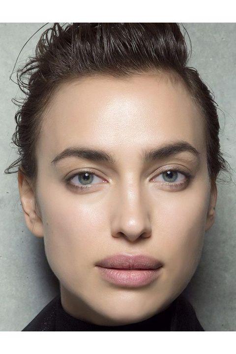 Face, Hair, Eyebrow, Forehead, Cheek, Hairstyle, Lip, Chin, Skin, Nose,