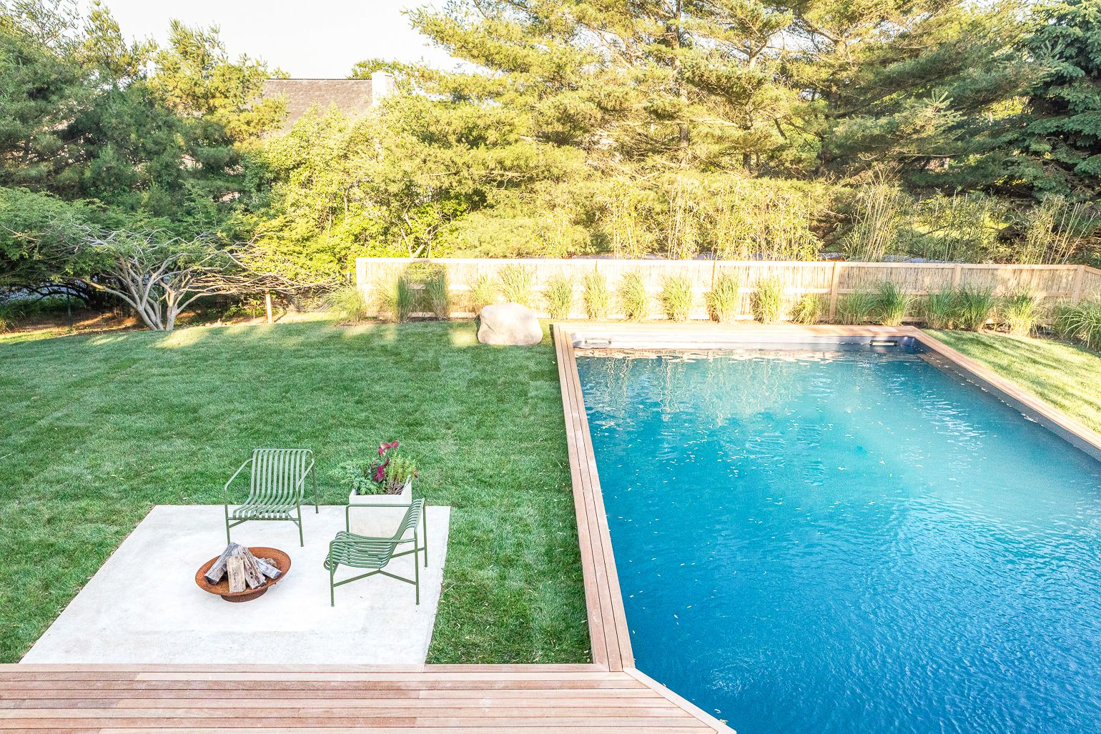 16 Best Pool Designs - Beautiful Swimming Pool Ideas