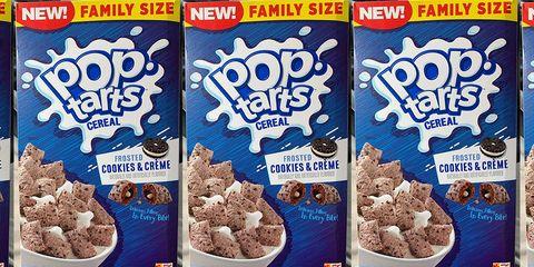 Breakfast cereal, Food, Ingredient, Complete wheat bran flakes, Cuisine, Cereal, Vegetarian food, Dish, Raisin bran, Meal,