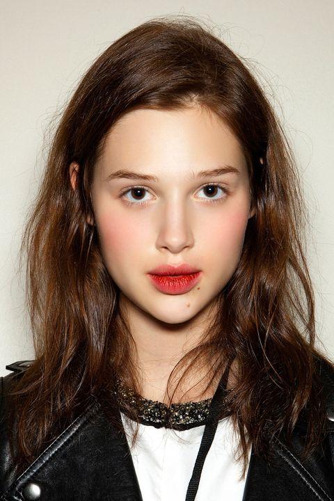 Hair, Face, Lip, Eyebrow, Hairstyle, Beauty, Chin, Cheek, Skin, Fashion,