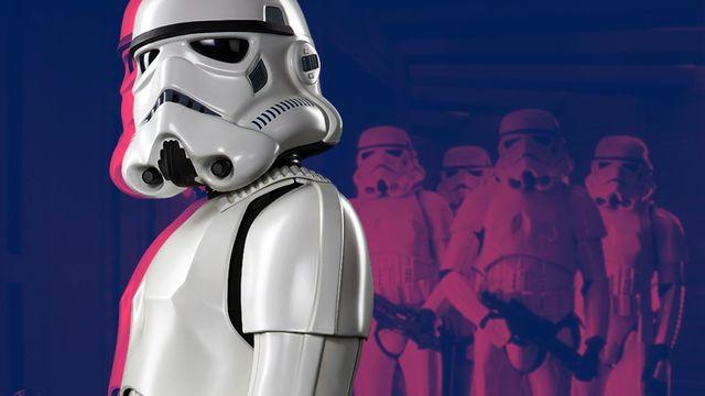 soldados de combate stormtroopers del universo star wars en la serie the mandalorian