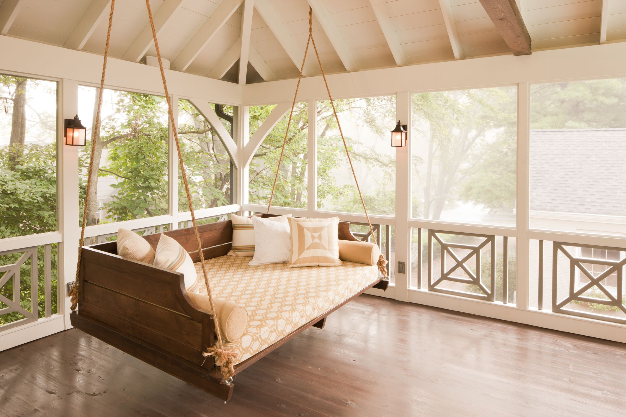 Picture of: 16 Porch Swing Plans Diy Porch Swing