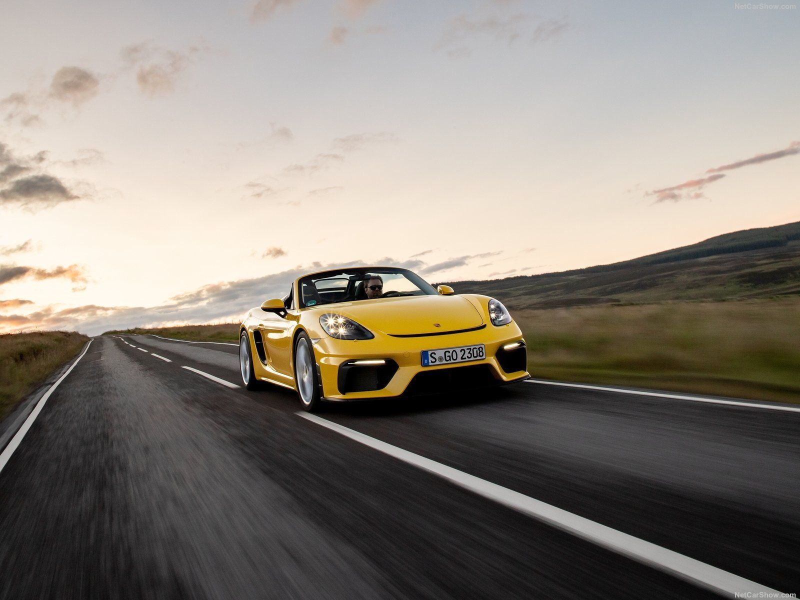 The Porsche 718 Cayman GT4 and Boxster Spyder Are Both Getting PDKs