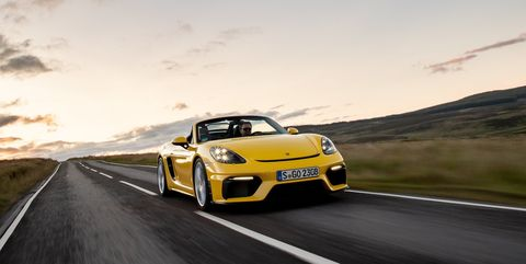 Land vehicle, Vehicle, Car, Automotive design, Supercar, Yellow, Performance car, Luxury vehicle, Sports car, Rolling,