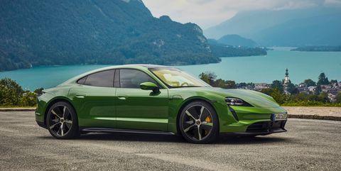 Land vehicle, Vehicle, Car, Luxury vehicle, Performance car, Automotive design, Supercar, Rim, Personal luxury car, Sports car,