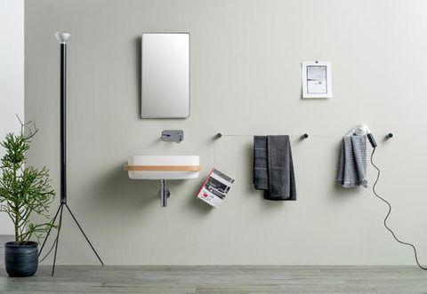 Accessori Bagno Design Minimale.Porta Asciugamani E Porta Carta Igienica Di Design