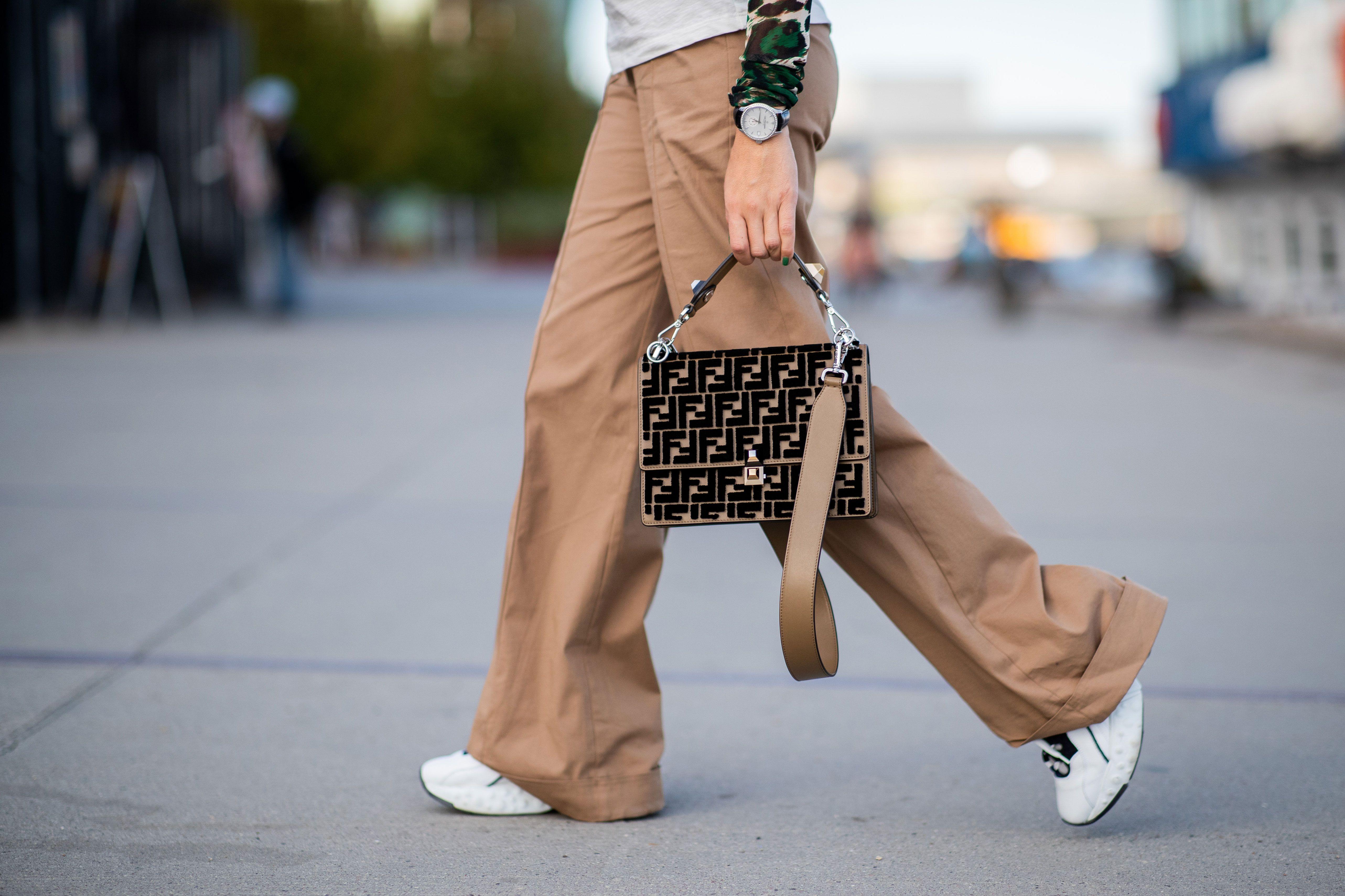 8 Cómo Quedan Mejor Combinar Las 'sneakers' Que Con Pantalones rqTROr