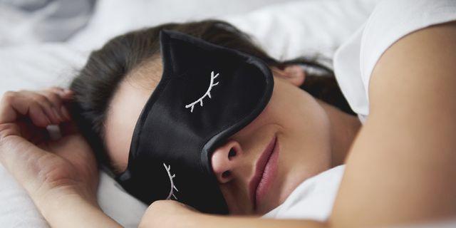What Is Beauty Sleep? Health and Skin Care Benefits of Beauty Sleep
