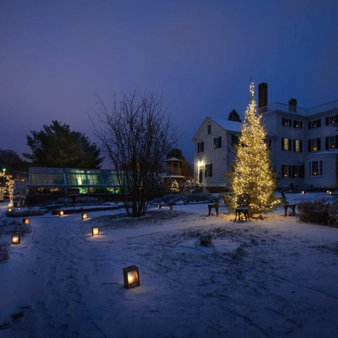 Christmas In New Hampshire 2021 30 Best Christmas Towns Top Christmas Towns In The Usa
