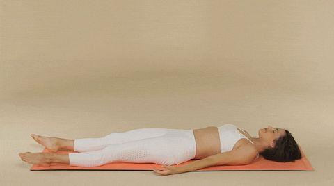 Posturas De Yoga Para Principiantes Yoga En Casa