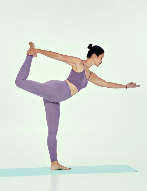 postura de yoga bailarín