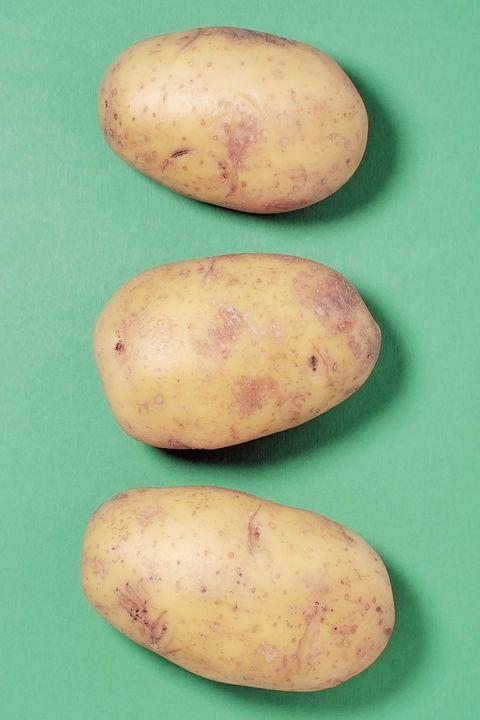 Root vegetable, Potato, Yukon gold potato, Tuber, Russet burbank potato, Vegetable, Solanum, Food, Plant, Sweet potato,