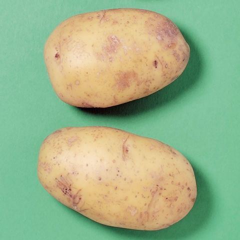 Yukon gold potato, Root vegetable, Tuber, Potato, Russet burbank potato, Food, Vegetable, Solanum, Ullucus, Plant,