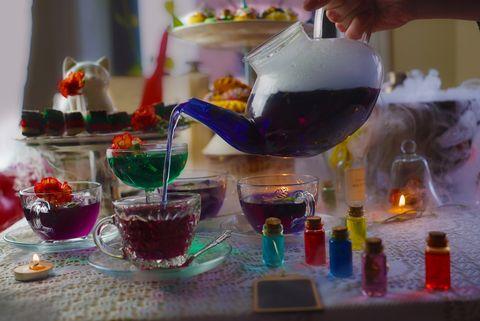 Drink, Alcohol, Glass, Food coloring, Liqueur, Distilled beverage,