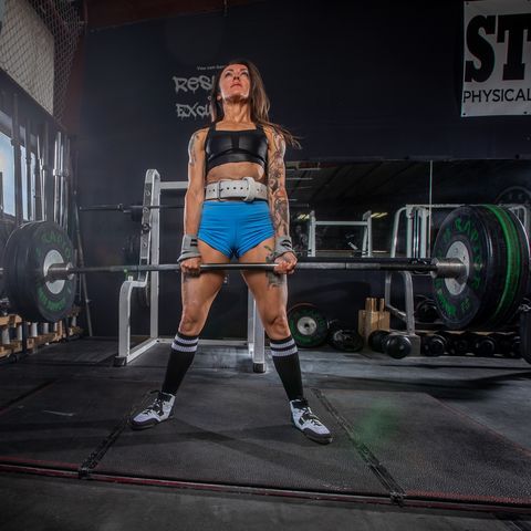 Physical fitness, Powerlifting, Bodybuilding, Deadlift, Muscle, Leg, Barbell, Strength training, Thigh, Room,