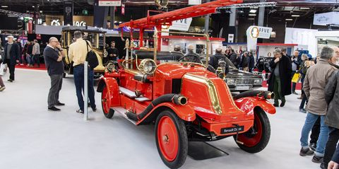 A 100-year-old Renault fire truck at Retromobile