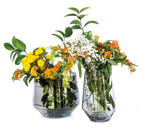 Flower, Flowering plant, Flowerpot, Plant, Cut flowers, Bouquet, Floristry, Flower Arranging, Vase, Floral design,