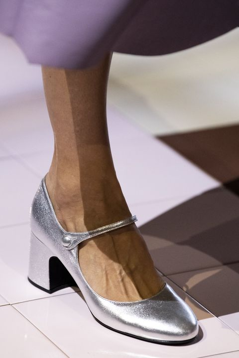 Footwear, High heels, Shoe, Leg, Fashion, Sandal, Human leg, Pink, Ankle, Beige,