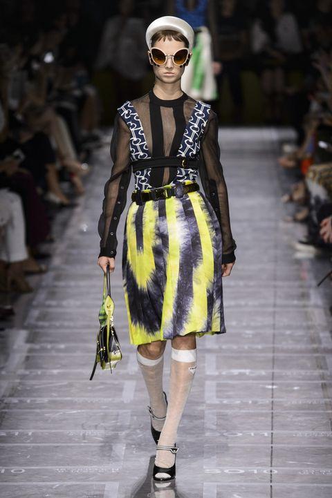Fashion model, Fashion, Runway, Fashion show, Clothing, Haute couture, Eyewear, Street fashion, Dress, Fashion design,