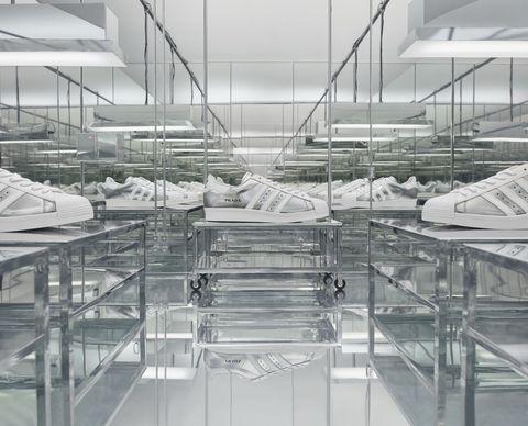 prada攜手adidas聯名第二波釋出!prada for adidas聯名款「運動鞋」開賣時間、購買管道一次揭曉