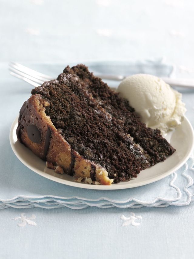 praline turtle cake