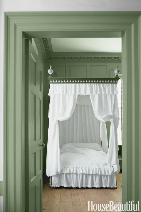 10 sage green paint colors that bring peace and calm best sage