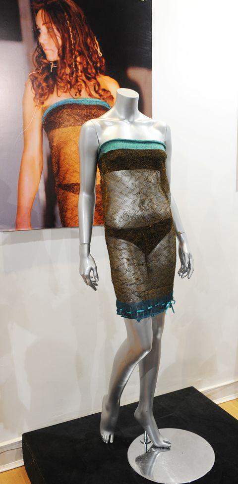 ケイト・ミドルトン ドレス シースルー ファッションショー