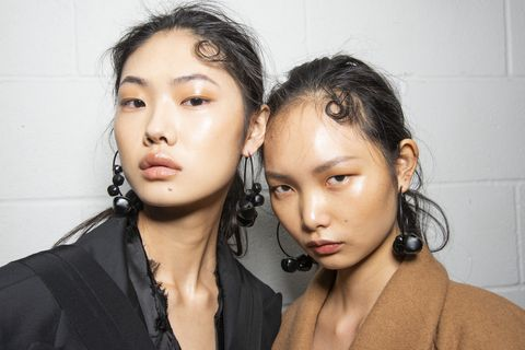 What is Hyaluronic Acid? The Best Hyaluronic Acid Serums To