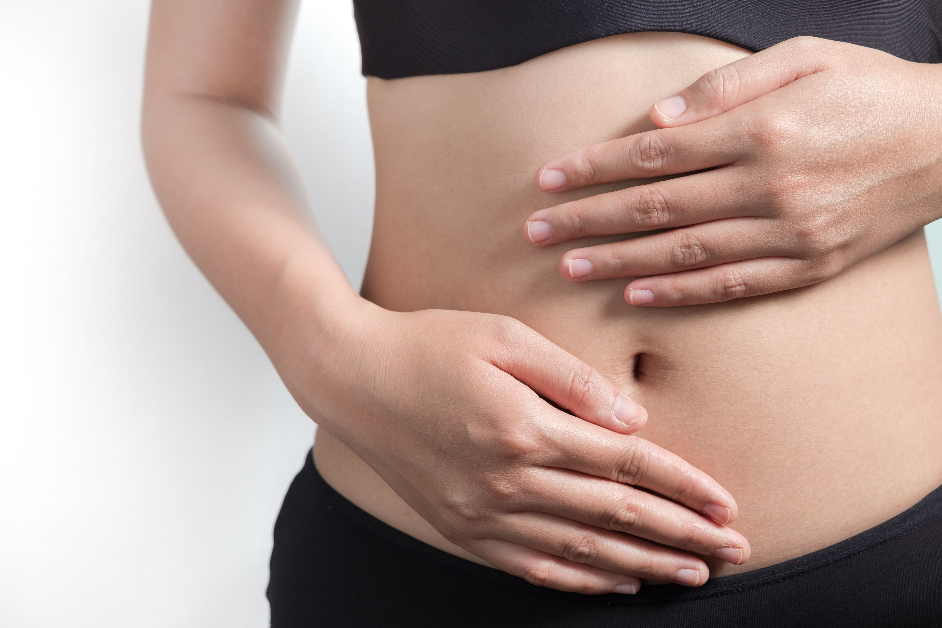 The 2-Minute Stomach Massage a Dietitian Swears by for Better Digestion