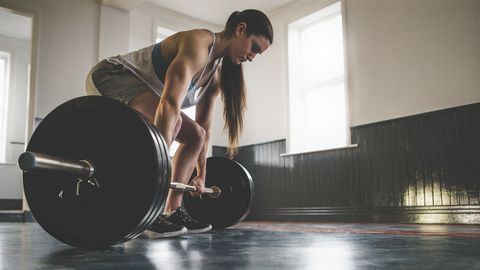 What Is a Power Clean, and How the Heck Do You Do It Right?