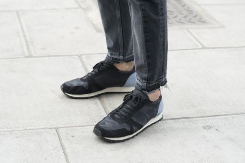 diseño de calidad suave y ligero seleccione original 5 zapatillas negras de hombre para otoño de Zara, H&M, Mango...