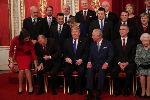 nato 首脳会談 ロイヤルファミリー トランプ大統領 首相 eu エリザベス女王