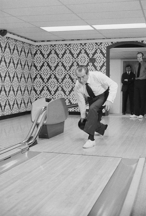 president richard m nixon bowling