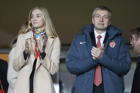 de russische miljardair dmitry rybolovlev met zijn dochter ekaterina