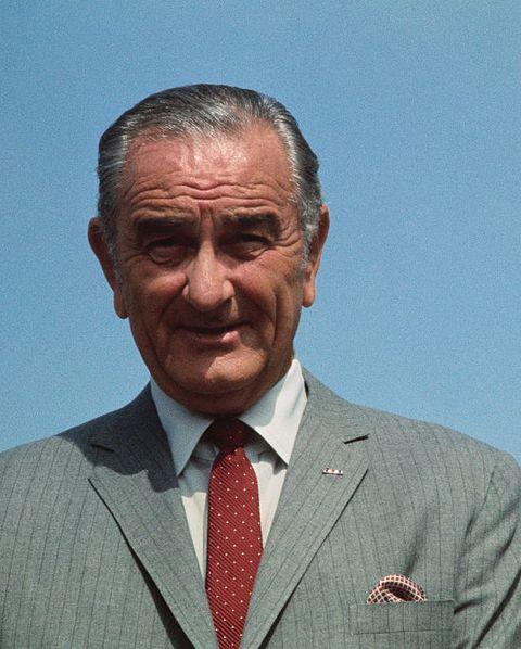 リンドン・ジョンソン米大統領 ビフォーアフター  before after 写真Richard Nixon Smiling with Lyndon B. Johnson