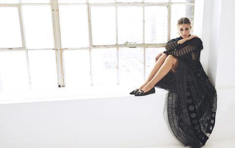 Clothing, White, Shoulder, Dress, Black, Fashion, Beauty, Fashion model, Waist, Photo shoot,