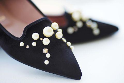 Footwear, Black, Shoe, Leather, Design, Suede, Polka dot, Fashion accessory, Court shoe, Ballet flat,