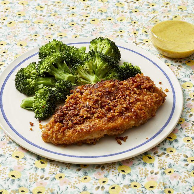 pretzel crusted chicken with broccoli