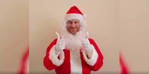 El príncipe Harry se disfraza de Papá Noel