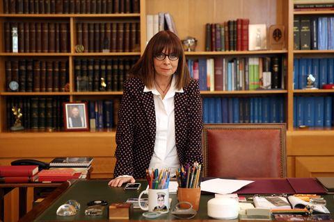 La Grecia ha eletto la prima donna Presidente della Repubblica, Katerina Sakellaropoulou (ed è svolta epocale)