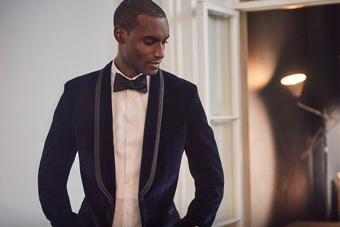 Suit, Formal wear, Tuxedo, Fashion, Blazer, Outerwear, Tie, White-collar worker, Photography, Jacket,