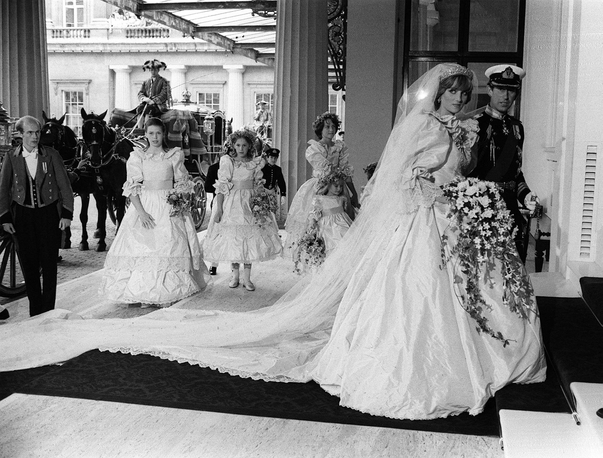 51 Rare Photos From Princess Diana And Prince Charles Wedding