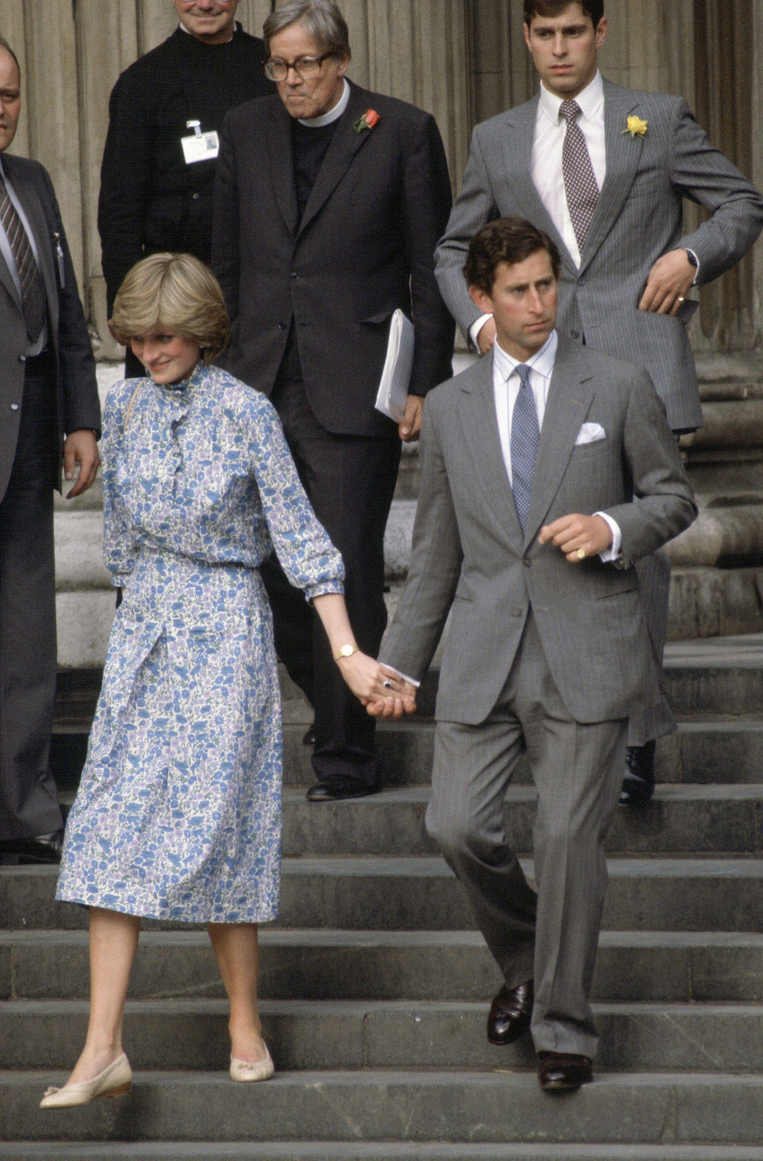51 rare photos from princess diana and prince charles wedding 51 rare photos from princess diana and