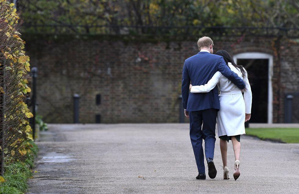 英タブロイド紙がいかにヘンリー王子とメーガン妃を追いやったのか ...