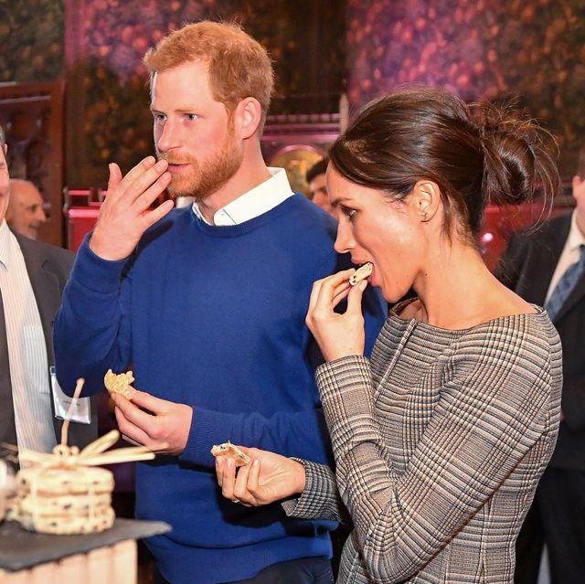 meghan markle prince harry cake royal sweets
