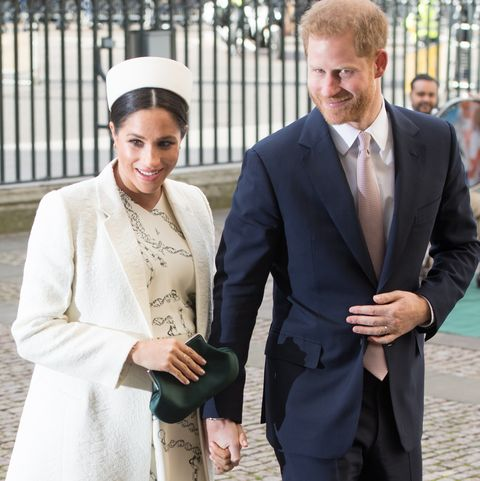 How Prince Harry & Meghan Markle Will Announce The Royal