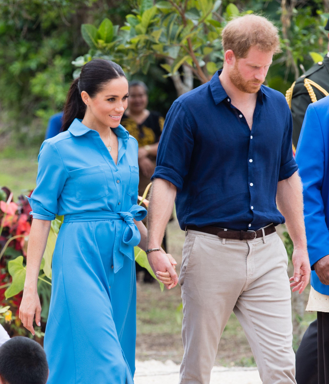 Meghan Markles Sky Blue Shirtdress Features Two Thigh-High Slits